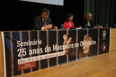 Seminário 25 anos do Massacre do Carandirú